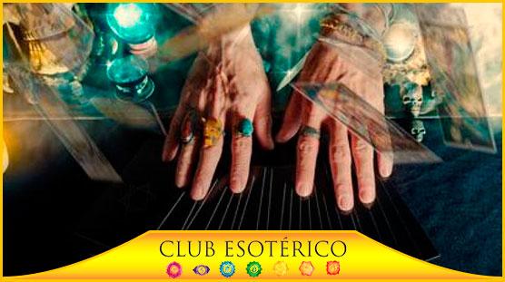 las mejores videntes que aciertan - club esoterico
