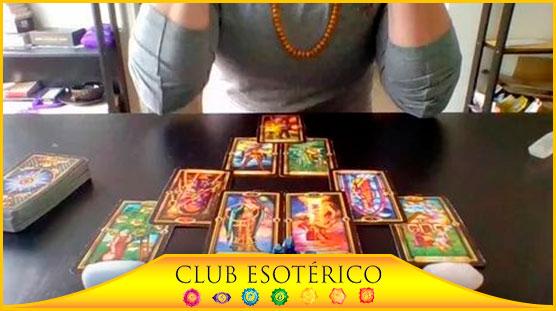 tarotista de los famosos - club esoterico